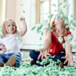 packing-peanuts-playing-children